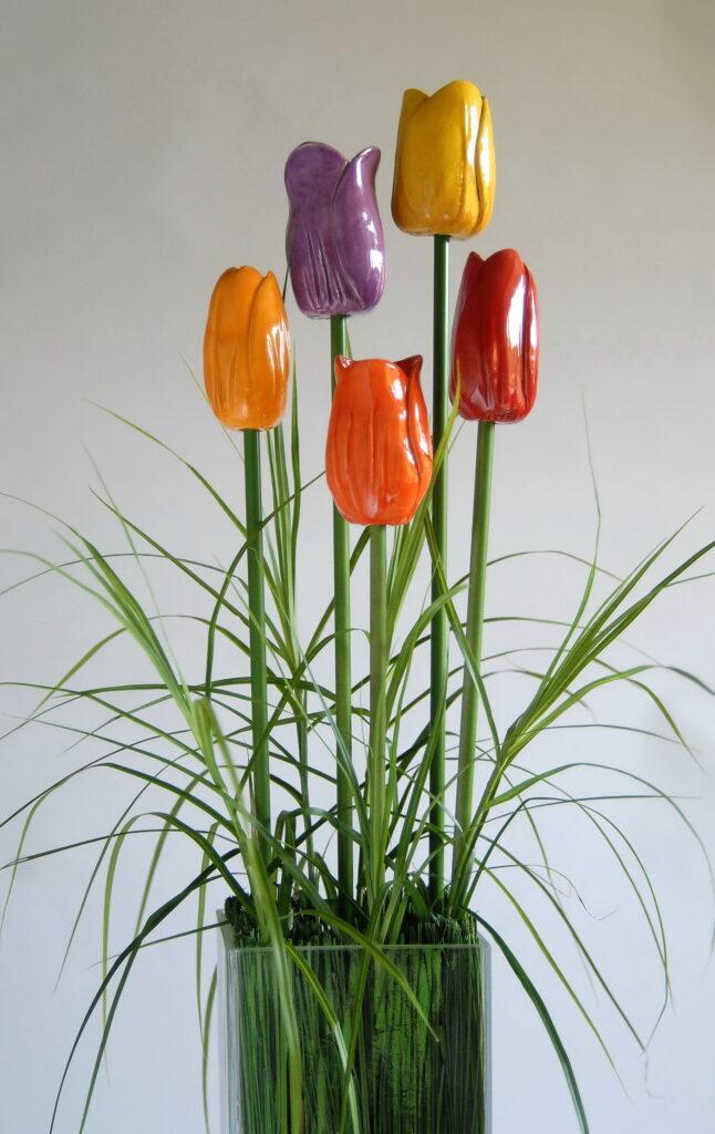 Dette billede har en tom ALT-egenskab (billedbeskrivelse). Filnavnet er Tulipanerfoto-Nina-Ewald-646x1024.jpg